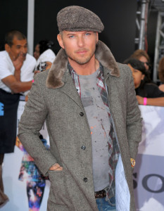 Matt Goss arrives at the premiere of This Is It movie on October 27th 2009