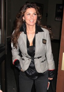 Shania Twain spotted arriving to the Rock a Roll Hall of Fames 25th Anniversary Concert at Madison Square Garden in New York City on October 29th 2009 8