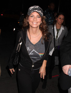 Shania Twain spotted arriving to the Rock a Roll Hall of Fames 25th Anniversary Concert at Madison Square Garden in New York City on October 29th 2009 1