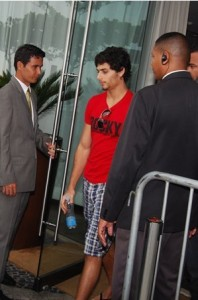 Jesus Luz spotted leaving the hotel where he is staying on november 11th 2009 to head to the recording studio in Barra da Tijuca to work on his new music 5