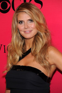Heidi Klum arrives at the Victorias Secret fashion show held at The Armory in New York on November 19th 2009 1