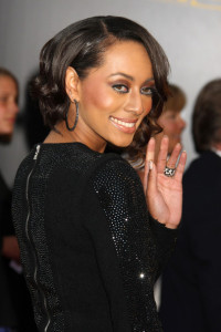 Keri Hilson arrives at the 2009 American Music Awards at the Nokia Theatre LA Live in Los Angeles California on November 22nd 2009 1