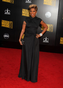 Mary J Blige arrives at the 2009 American Music Awards at the Nokia Theatre LA Live in Los Angeles California on November 22nd 2009 4