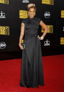 Mary J Blige arrives at the 2009 American Music Awards at the Nokia Theatre LA Live in Los Angeles California on November 22nd 2009 5
