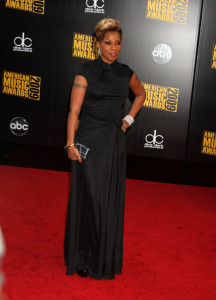 Mary J Blige arrives at the 2009 American Music Awards at the Nokia Theatre LA Live in Los Angeles California on November 22nd 2009 10