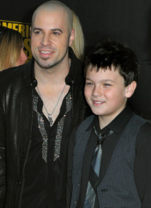 Chris Daughtry arrives at the 2009 American Music Awards at the Nokia Theatre LA in Los Angeles California on November 22nd 2009 together with his son Griffin