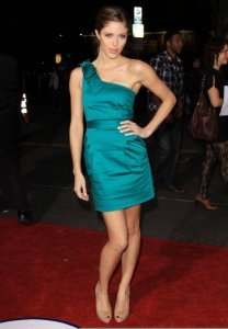Kayla Ewell picture on the red carpet wearing a one shoulder green dress for the Up in the Air premiere in Westwood on November 30th 2009 1