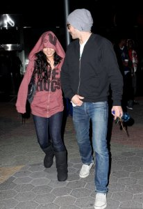 photo of Vanessa Hudgens and Zac Efron as they leave the movies on December 28th 2009 1