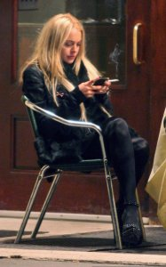 Lindsay Lohan spotted having dinner with her friends at Ciprian in New York on December 23rd 2009 3