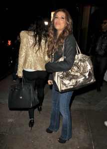 Kim Kardashian meets with Eva Longoria at Beso restaurant in Hollywood on December 10th 2009 4