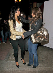 Kim Kardashian meets with Eva Longoria at Beso restaurant in Hollywood on December 10th 2009 3