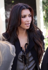 Kim Kardashian seen leaving the Ivy By The Shore restaurant after lunch in Santa Monica on November 3rd 2009 8
