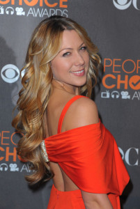 Colbie Caillat arrives at the 36th Annual Peoples Choice Awards held at Nokia Theatre on January 6th 2010 in Los Angeles 4