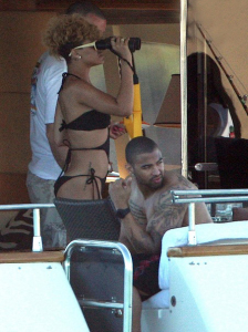 Rihanna picture from her tropical vacation with Matt Kemp on a luxury yacht in Cabo San Lucas in Mexico on January 6th 2010 8
