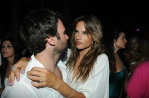 Alessandra Ambrosio picture from new year party on December 31st 2009 3