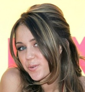Miley Cyrus photo at the 8th Annual Teen Choice Awards at the Gibson Amphitheatre on August 20th 2006 in Universal City 1