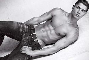 Cristiano Ronaldo photo shoot for the Spring Summer 2010 campaigns for Emporio Armani Mens Underwear 2