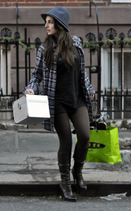 Alexa Ray Joel was spotted moving out of her apartment on January 14th 2010 in New York 2