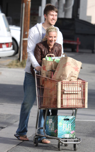 Ashley Tisdale and her boyfriend Scott Speer at Trader Joes on January 10th 2010 in Los Angeles 4 1