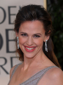 Jennifer Garner arrives at the 67th Annual Golden Globe Awards held at The Beverly Hilton Hotel on January 17th 2010 in California 9