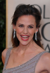 Jennifer Garner arrives at the 67th Annual Golden Globe Awards held at The Beverly Hilton Hotel on January 17th 2010 in California 5