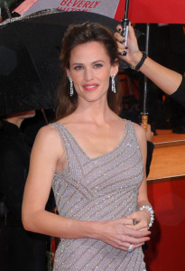 Jennifer Garner arrives at the 67th Annual Golden Globe Awards held at The Beverly Hilton Hotel on January 17th 2010 in California 10