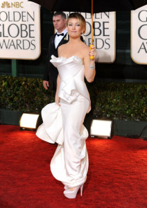 Kate Hudson arrives at the 67th Annual Golden Globe Awards held at The Beverly Hilton Hotel on January 17th 2010 in California 1