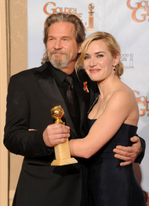 Kate Winslet with Jeff Bridges in the press room during the 67th Annual Golden Globe Award at The Beverly Hilton Hotel on January 17th 2010 in California 5