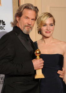 Kate Winslet with Jeff Bridges in the press room during the 67th Annual Golden Globe Award at The Beverly Hilton Hotel on January 17th 2010 in California 3