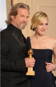 Kate Winslet with Jeff Bridges in the press room during the 67th Annual Golden Globe Award at The Beverly Hilton Hotel on January 17th 2010 in California 1