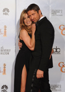 Gerard Butler and Jennifer Aniston in the press room during the 67th Annual Golden Globe Award at The Beverly Hilton Hotel on January 17th 2010 in California 1