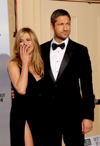Gerard Butler and Jennifer Aniston in the press room during the 67th Annual Golden Globe Award at The Beverly Hilton Hotel on January 17th 2010 in California 3