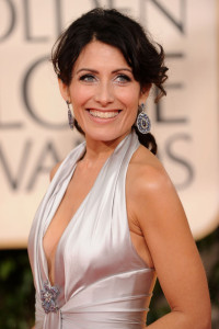Lisa Edelstein arrives at the 67th Annual Golden Globe Awards held at The Beverly Hilton Hotel on January 17th 2010 in California