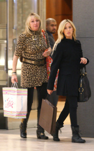 Ashley Tisdale picture while shopping at Juicy Couture and Louis Vuitton on December 10th 2009 around Beverly Hills 4