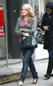 JoJo candids while shopping on February 15th 2008 in New York City 2