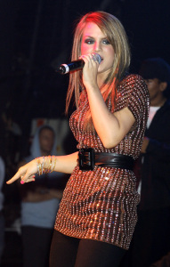 JoJo photo on stage on May 13th 2007 while performing in Astoria London 2