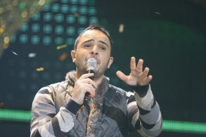 Ahmad Sherif performing on stage at the season2 of the LBC reality show perfect Bride 4