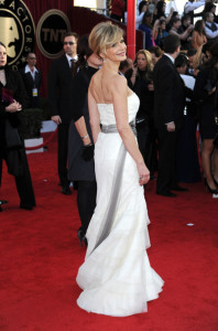 Kyra Sedgwick attends the 16th Annual Screen Actors Guild Awards on January 23rd, 2010
