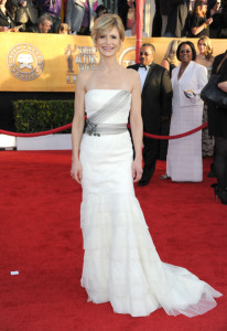 Kyra Sedgwick arrives at the 16th Annual Screen Actors Guild Awards on January 23rd, 2010
