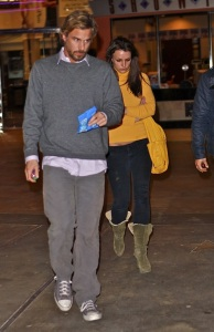 Britney Spears and her boyfriend Jason Trawick spotted on January 25th 2010 out together for a movie night date 2