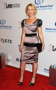Christina Applegate arrives at the Womens Cancer Research Fund on January 27th 2010 in Beverly Hills 4