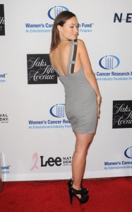 Olivia Wilde arrives at an Unforgettable Evening Benefiting EIFs Womens Cancer Research Fund held on January 27th 2010 at the Beverly Wilshire Hotel 2