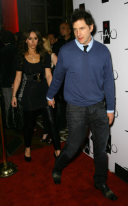 Jennifer Love Hewitt and Jamie Kennedy were spotted together on January 28th 2010 at the TAO Nightclub in Las Vegas 4