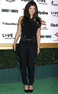Fergie arrives at the 1st Annual Data Awards held at the Hollywood Palladium on January 28th 2010 in California 3