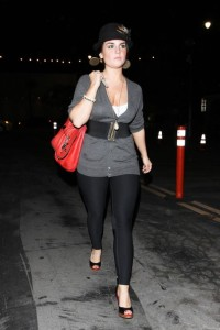 JoJo spotted on October 27th 2009 partying at Bardot in Hollywood 5