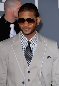 Usher arrives at the 52nd Annual GRAMMY Awards held at Staples Center on January 31st 2010 in Los Angeles California 1