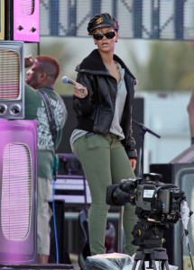 Rihanna spotted rehearsing for the the Pepsi Super Bowl Fan Jam concert on February 4th 2010  in South Beach 4