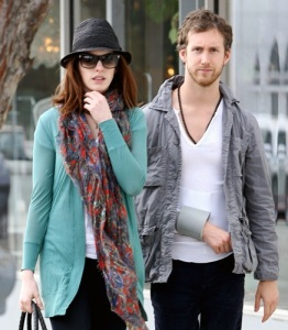 Anne Hathaway and her boyfriend Adam Shulman seen together while shopping for furniture on February 3rd 2010 in West Hollywood 6