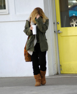 Drew Barrymore spotted walking around in Beverly Hills on February 8th 2010 wearing black sunglasses 1