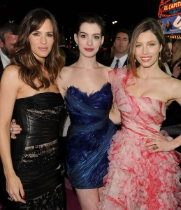 Ann Hathaway with Jennifer Garner and Jessica Biel at the premiere of Valentines Day movie held on February 8th 2010 at Graumans Chinese Theatre in Hollywood 1